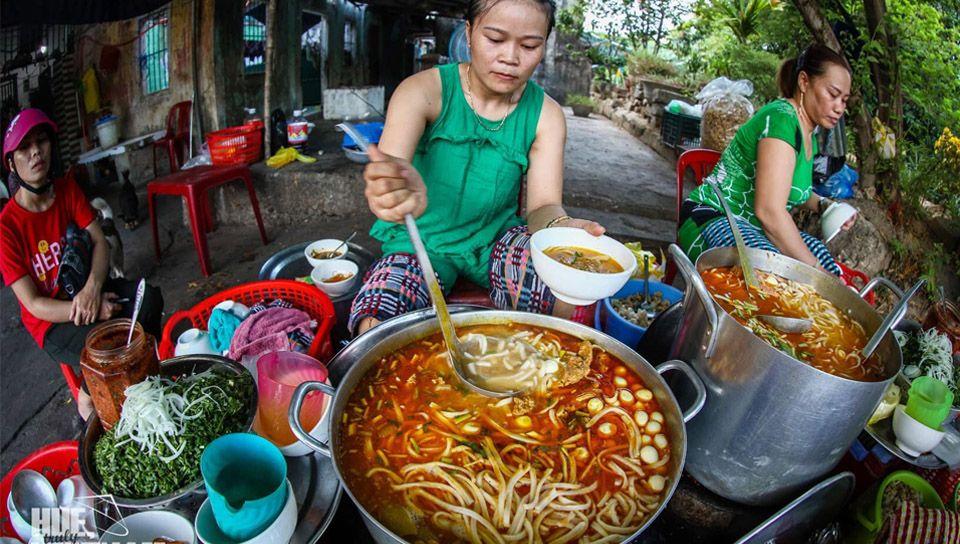 Banh Canh Bot Loc Hue